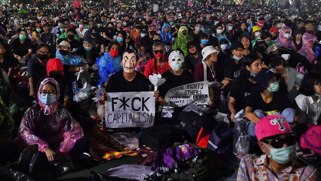 Massa Pro-Demokrasi Gelar Unjuk Rasa, Tuntut PM Thailand Mundur