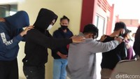 Polisi: Dari 7 Tersangka, 3 Orang Lakukan Perkosaan Bergilir ke Mahasiswi