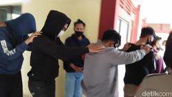 Polisi: Eksekutor Mahasiswi Diperkosa Bergilir 3 Orang