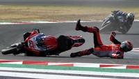 Pecco Bicara Lapisan Kaca Helm MotoGP yang Membawa Petaka