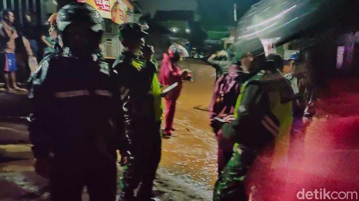 Banjir bandang terjang Cidahu Sukabumi