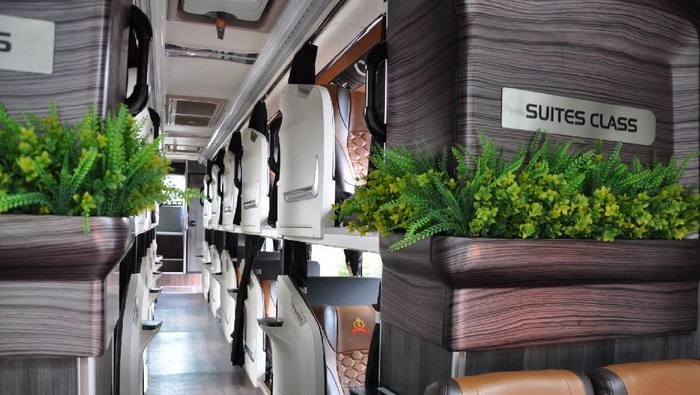 Bus social distancing dan suite class PO Handoyo