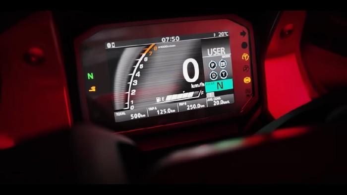 Honda memberikan sedikit kilasan motor terbarunya melalui video.