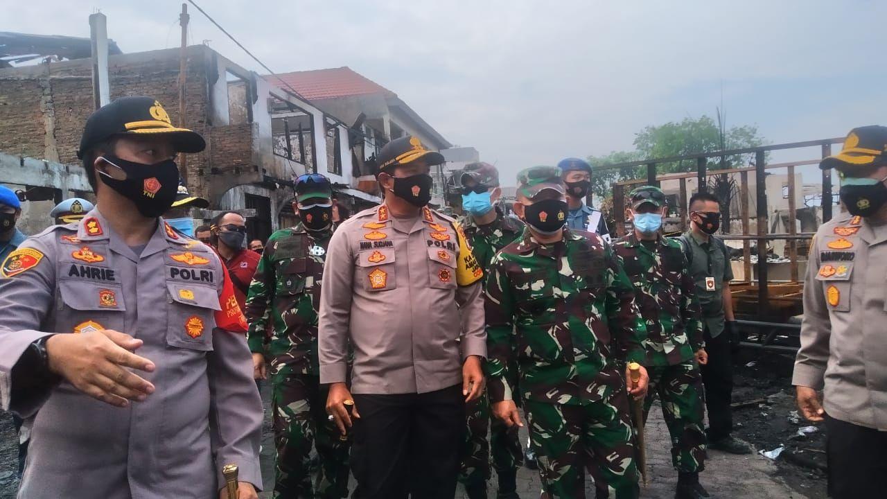 Kapolda Metro Jaya mengunjungi lokasi kebakaran di Kalibaru Jakut