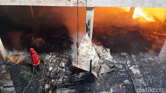 Kebakaran di Pasar Wage Purwokerto