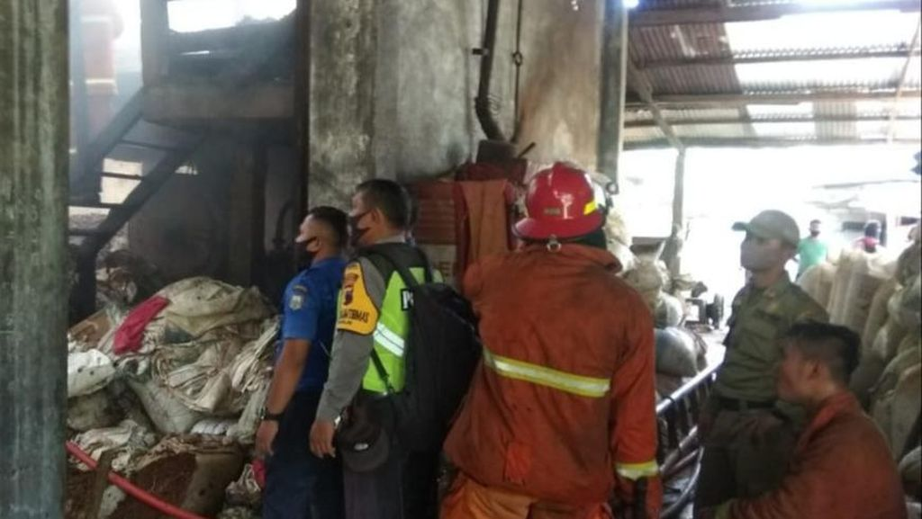 Gudang Pakan Ternak di Salatiga Terbakar, Kerugian hingga Rp 500 Juta