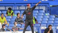 Staf Liverpool Rayakan Kartu Merah Chelsea, Klopp Berang