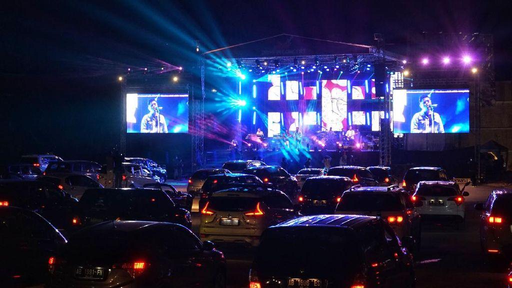 Keseruan Konser Drive-In Perdana di Yogyakarta