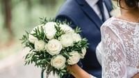 Pengantin Ini Sajikan Makanan Sesuai Isi Amplop Tamu di Pesta Pernikahannya