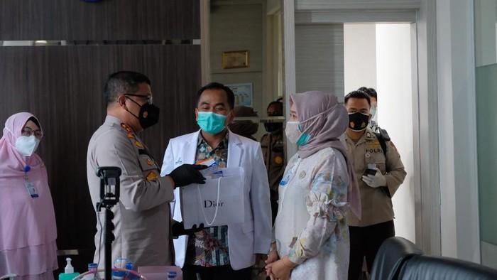 Polda Riau bantu percepatan penanganan COVID-19 (dok. Istimewa)