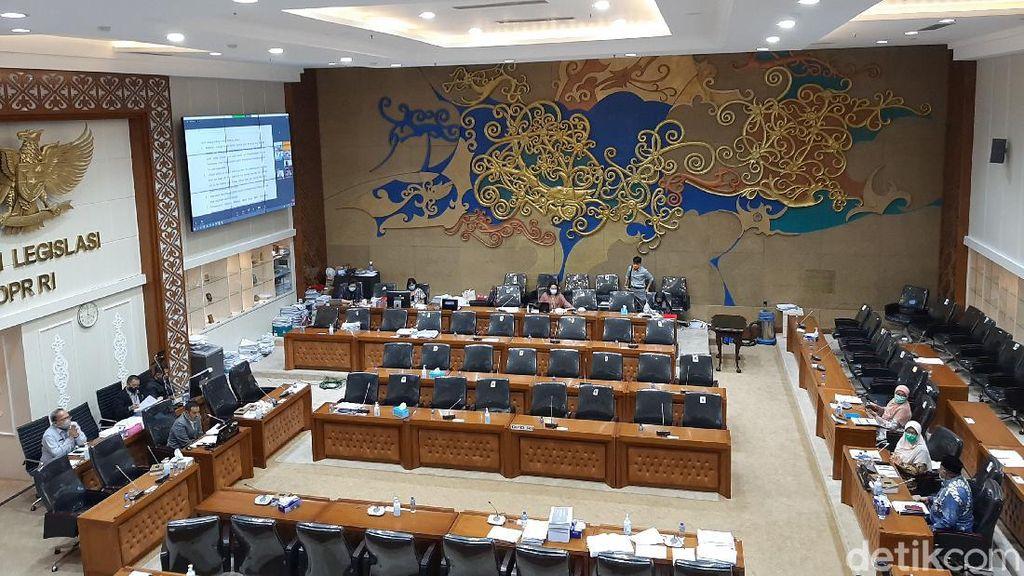 DPR Harmonisasi RUU Ketahanan Keluarga yang Kontroversial