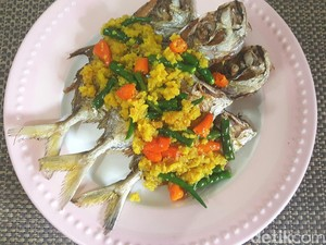 Resep Pesmol Ikan Kuwe yang Gurih Pedas