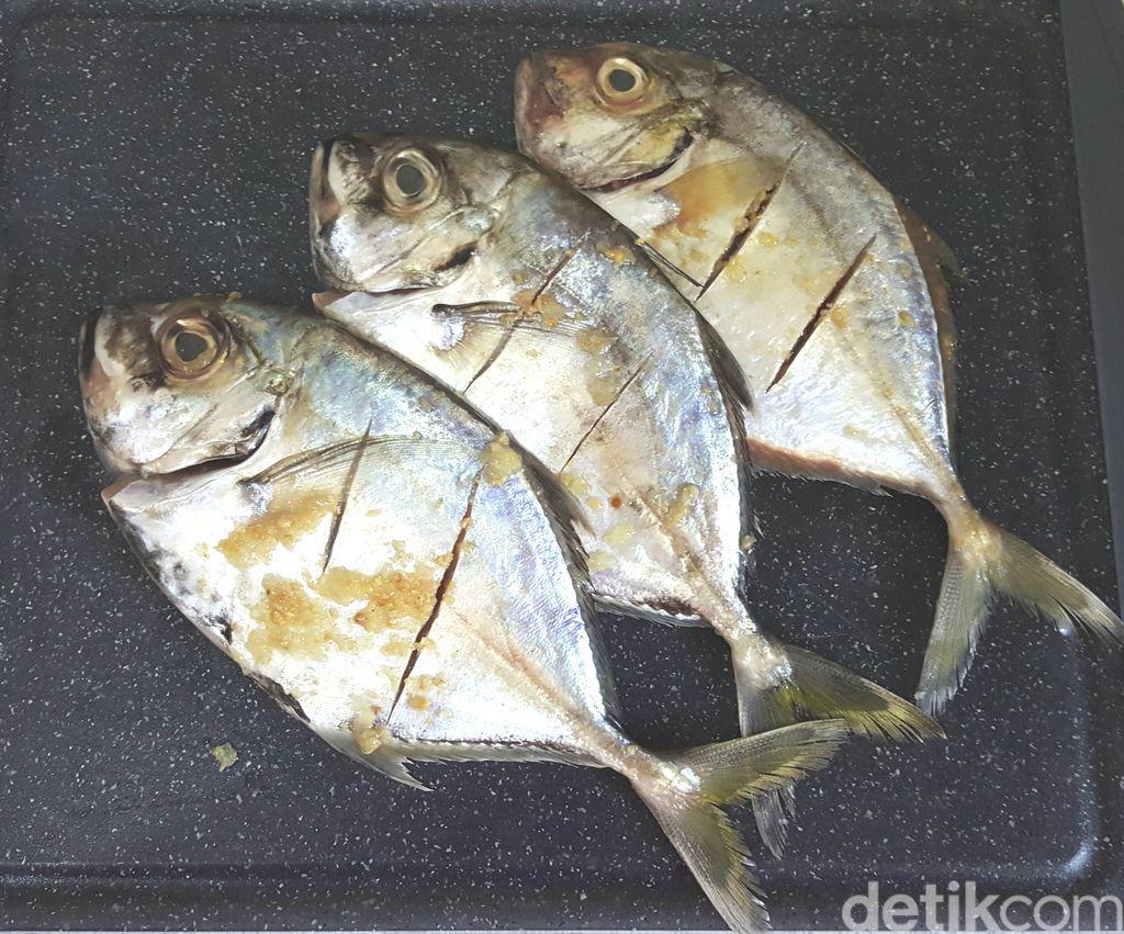 Resep Pesmol Ikan Kuwe