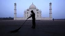 Taj Mahal Buka, Eh Langsung Tercemar Gas Beracun