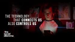 The Social Dilemma Bikin Takut, Pengguna Medsos Hapus Facebook Cs