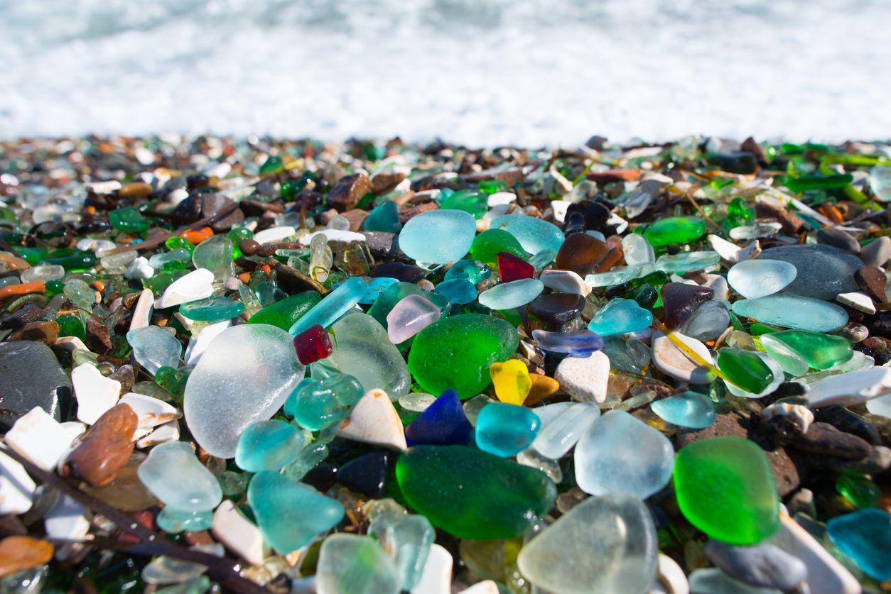 Ussuri Bay, pantai pasir kaca