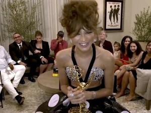 Zendaya Pecahkan Rekor Emmy Awards, Jadi Pemenang Termuda