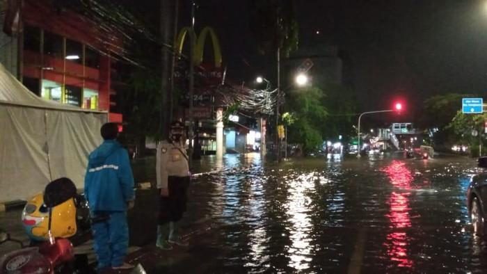 Banjir 50 cm Jalan Panjang, Senin (21/9/2020)