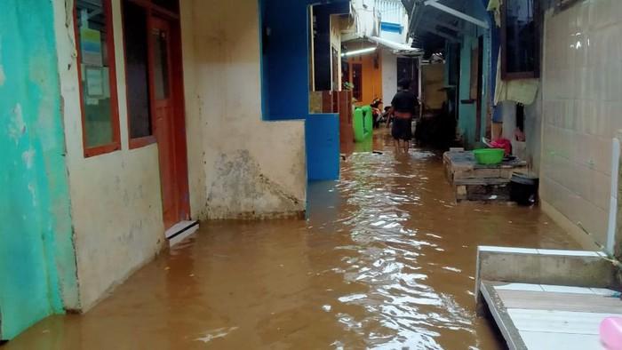 Banjir rendam 8 RT Tanah Rendah Jaktim, Selasa (22/9/2020)