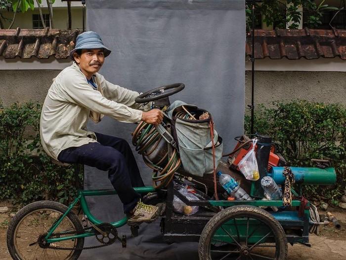 Fotografer Panji Indra Jepret Pesepeda Lewat The Cyclists Potrait