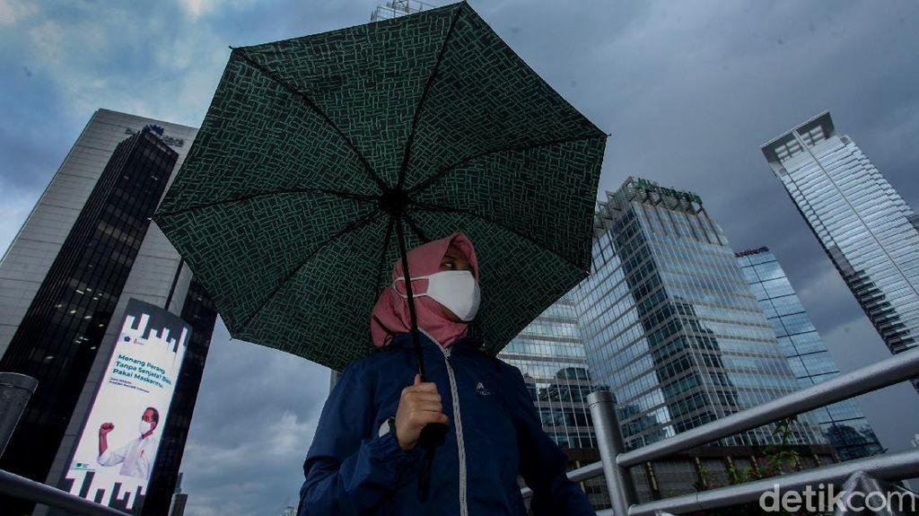 Siapkan Payung! Jabar Diprediksi Akan Diguyur Hujan Akhir Pekan Ini