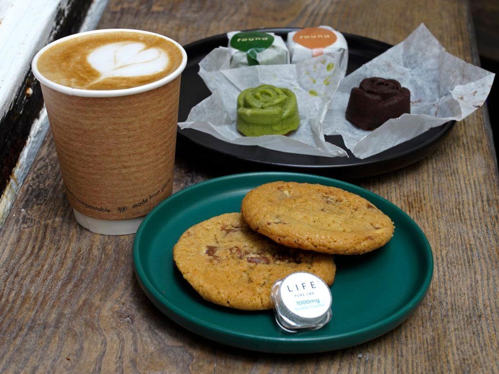 Ini Kafe Ganja Pertama di Hong Kong yang Baru Dibuka