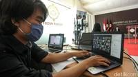 Pandemi COVID-19 membuat Universitas Sahid harus menggelar orientasi mahasiswa baru secara daring, Selasa (22/9/2020). Hal itu dilakukan untuk mencegah penyebaran COVID-19.