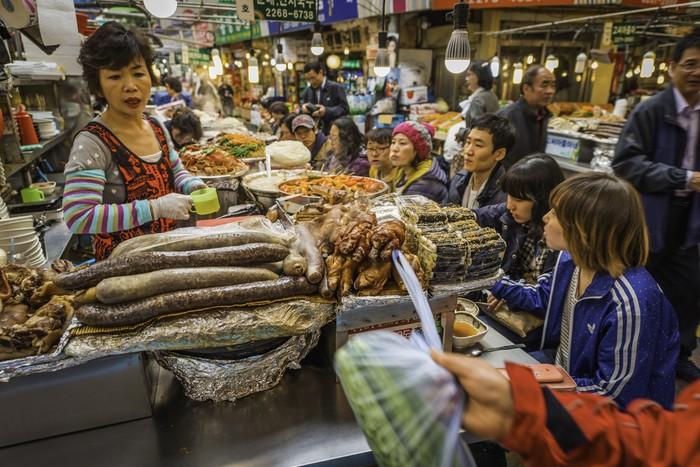 Kuliner di Pasar Gwangjang Korea