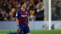 Kok Barcelona Lepas Suarez, sih?