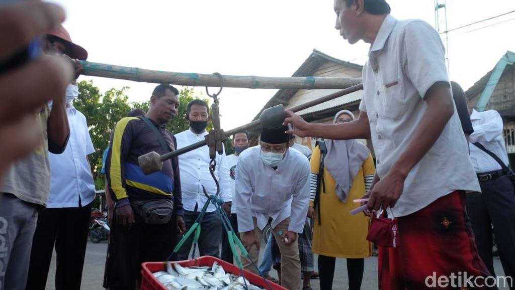 Nelayan Pasuruan Mengeluh Tak Ada Pembangunan di Pesisir