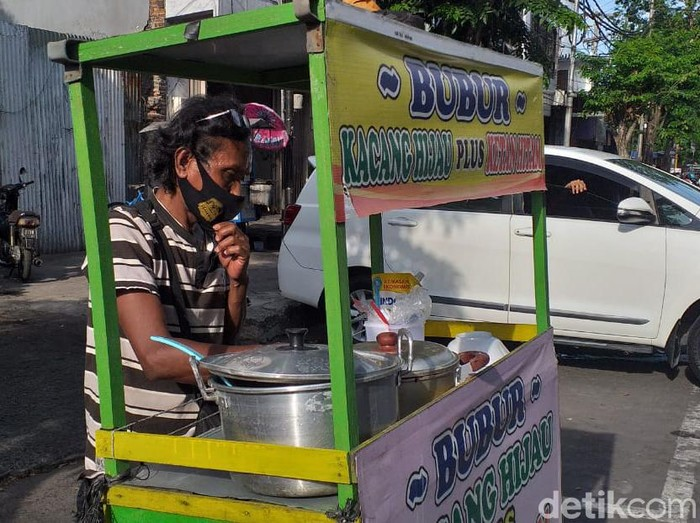 penjual bubur kacang ijo yang fasih berbahasa Jepang di Surabaya
