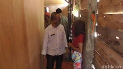 Dirazia Petugas, PSK di Polman Sulbar Nangis Biliknya Dibongkar