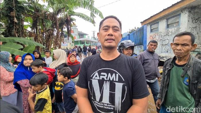 Pria Sukabumi Selamatkan 4 Koran Banjir Bandang