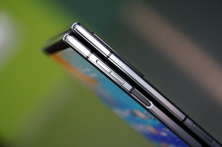 Flexpei 2, ponsel layar lipat terbaru besutan Royole