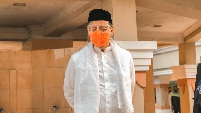 Gubernur Banten Wahidin Halim bakal memberikan sanksi tegas kepada ASN dan non-ASN di lingkup Pemprov Banten yang tidak mematuhi protokol kesehatan.