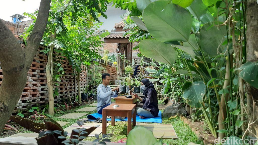 Kafe Taneaberkah, kafe unik yang lokasinya berada di dalam kos ada di Malang