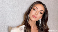 Aktris Ini Disebut Lebih Seksi dari Kim Kardashian
