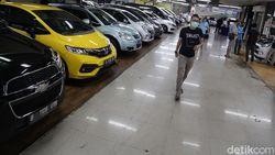 Beli Mobil Baru Bulan Depan Lebih Murah, Bagaimana yang Bekas?