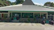 Polisi Pastikan Tak Ada Korban Saat Pria Rusak Masjid di Bandung
