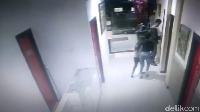 Terekam CCTV, Ini Detik-detik Mahasiswi Digiring Sebelum Diperkosa Bergilir