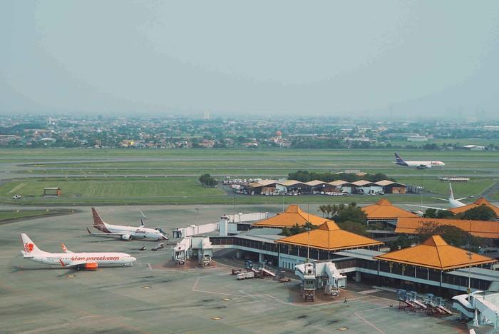 Ditengah pandemi Corona, Industri penerbangan menjadi salah satu bisnis yang paling terpukul. Balitbanghub menggandeng UI bantu merumuskan untuk bangkit dari keterpurukan.