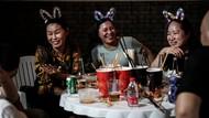 Potret Before and After Wuhan, Dulu Menangis, Kini Tertawa