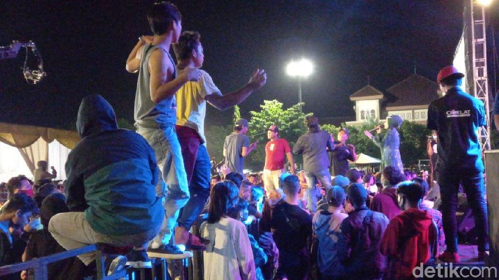 Wakil Ketua DPRD Kota Tegal Gelar Konser Dangdut, Ganjar: Kebangetan!