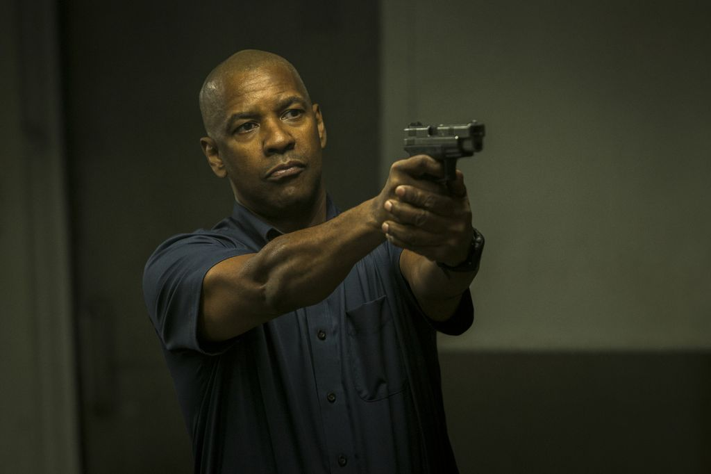 McCall (DENZEL WASHINGTON) takes out one of Slavi's thugs (NASH EDGERTON) in Columbia Pictures' THE EQUALIZER.