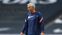 Jose Mourinho Lagi-lagi Ngelawak di Instagram
