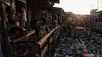 Ngerinya Imbas Resesi: Pengangguran dan Kemiskinan Melonjak Tajam