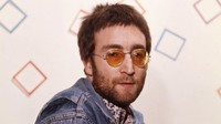 Setelah 40 Tahun, Pembunuh John Lennon Akhirnya Minta Maaf ke  Yoko Ono