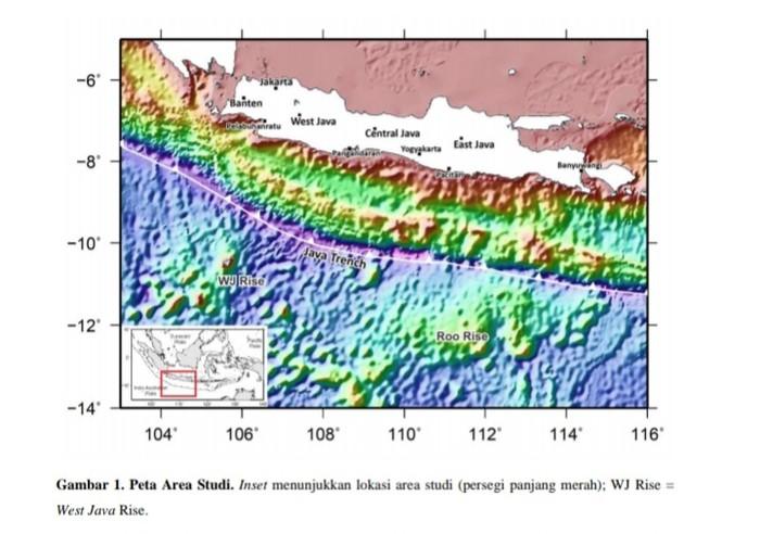 Tim riset Institut Teknologi Bandung (ITB) beri peringatan akan kemungkinannya terjadi potensi tsunami. Diperkirakan tsunami terjadi di sepanjang Pantai Selatan Jawa Barat dan Selatan Jawa Timur.