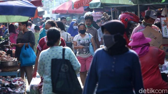 Berdasarkan catatan DPP IKAPPI, terdapat 1.392 pedagang pasar yang terpapar virus Corona dengan total kasus meninggal dunia sebesar 55 orang.