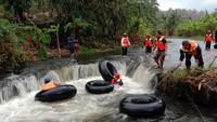 Foto: Ditantang River Tubing Ekstrem dari Kudus